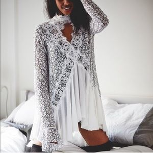 Free people stylish lace belle sleeve tunic dress